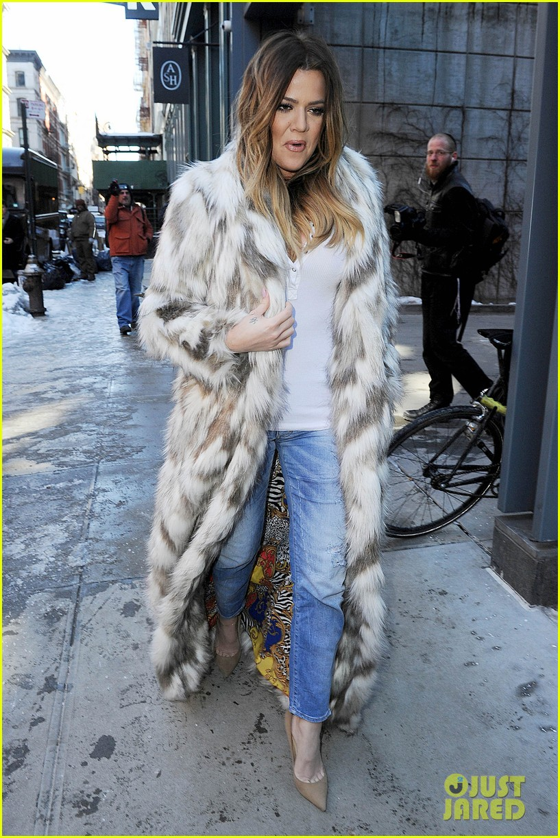 kim kardashian films kuwtk with her sisters khloe sends message on coat fxck yo fur 103055128