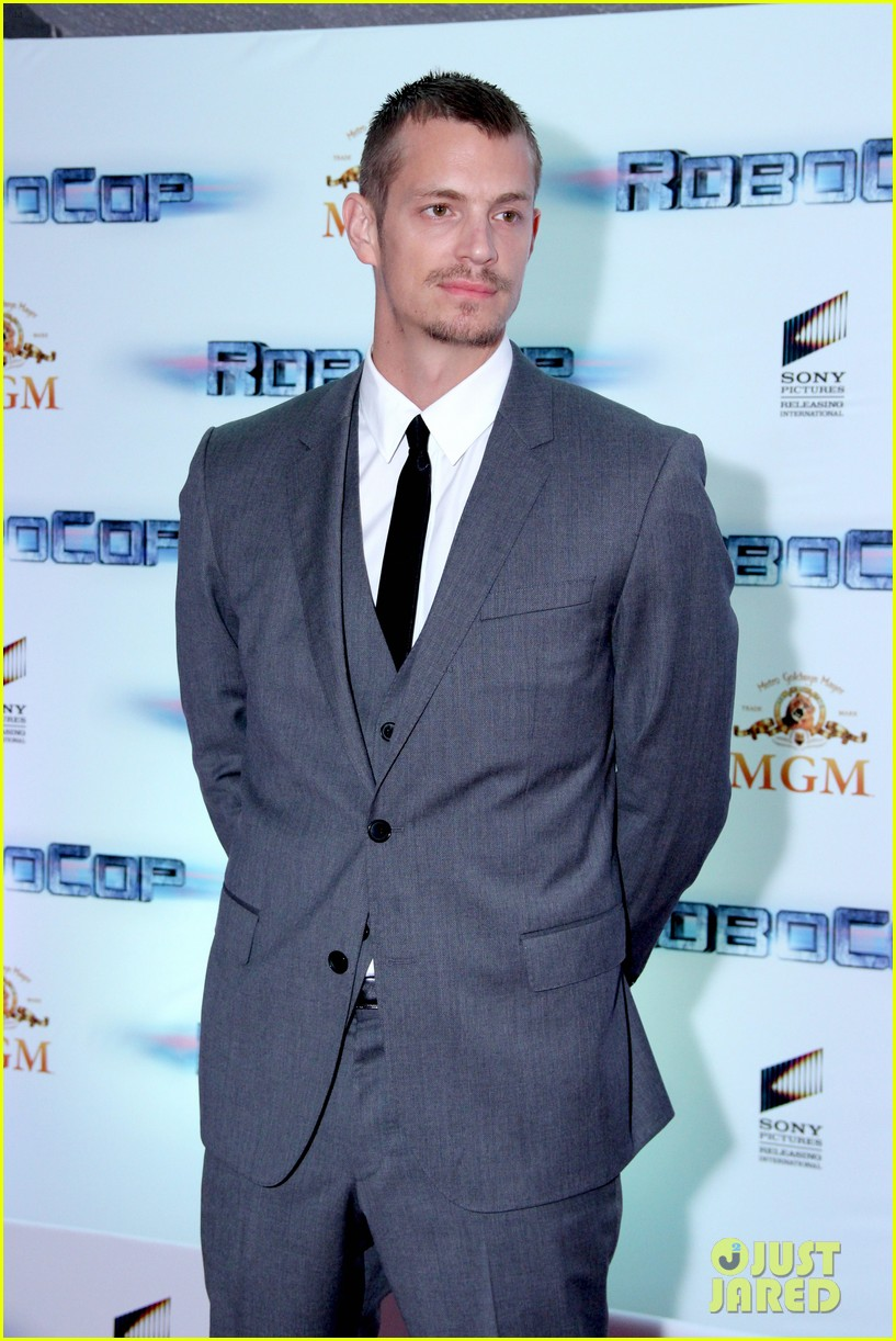 joel kinnaman suits up for robocop premiere in rio 223056446