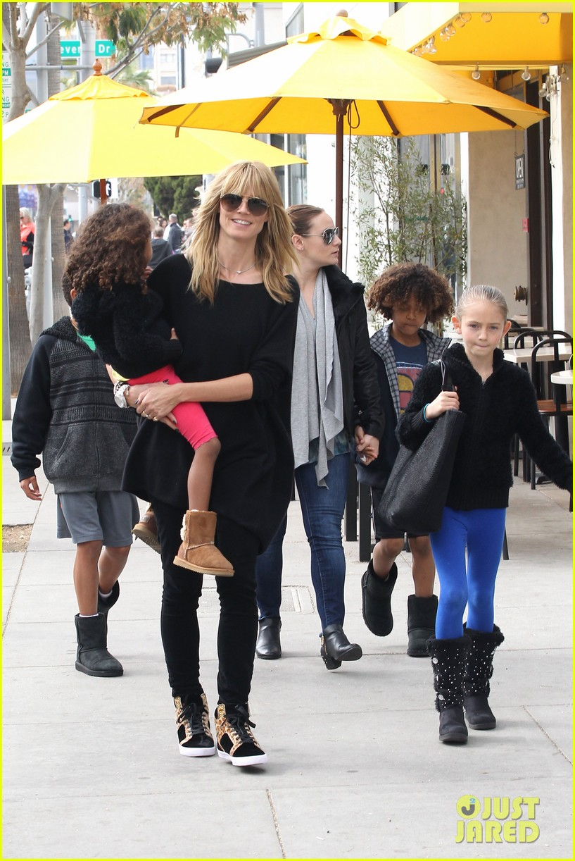 heidi klum sunday lunch with the kids 01