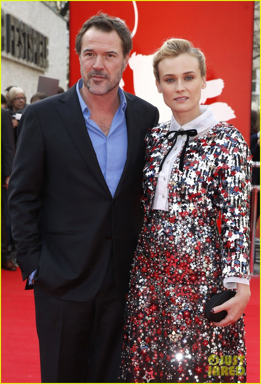 diane kruger brings joshua jackson along for berlin film festival premiere 04