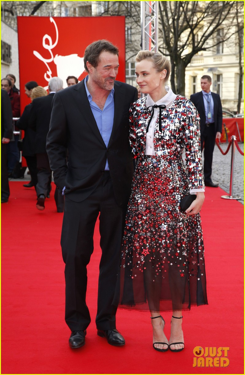 diane kruger brings joshua jackson along for berlin film festival premiere 06