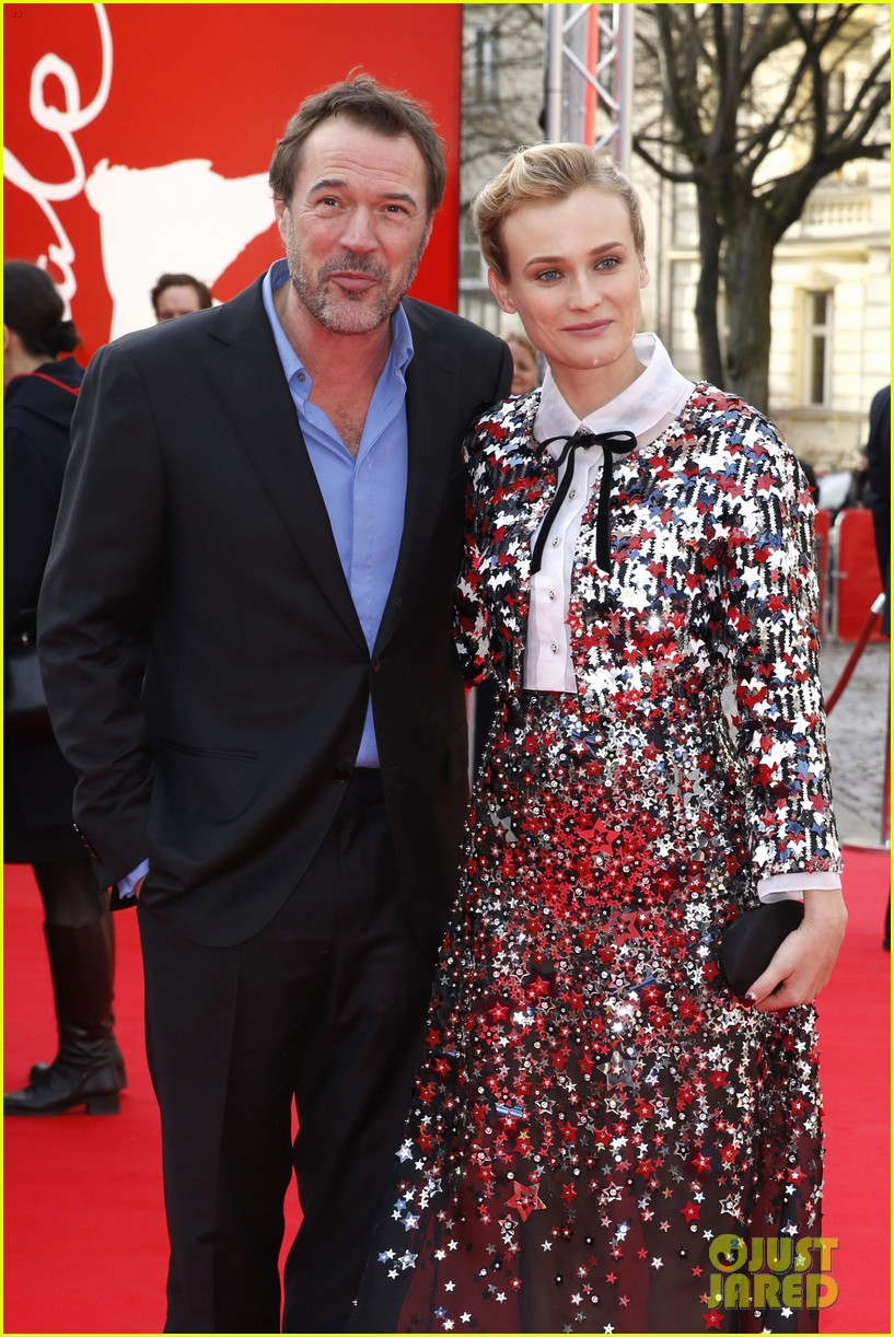 diane kruger brings joshua jackson along for berlin film festival premiere 07