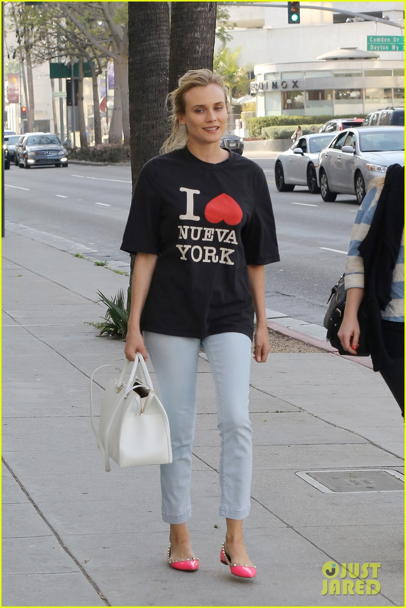 diane kruger is a new york city tourist in the wrong city 123057754
