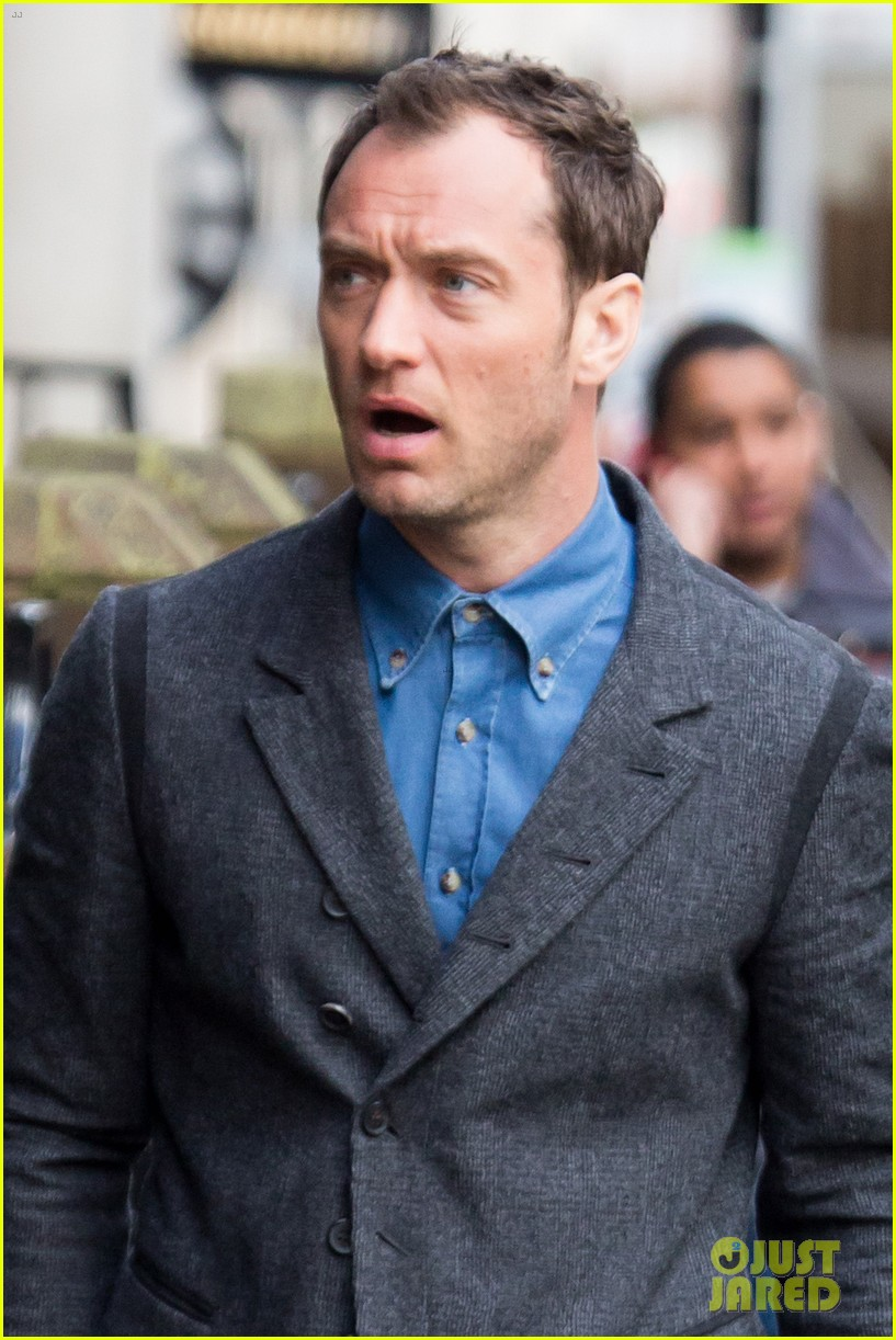 jude law begins filming an unknown production in london 02