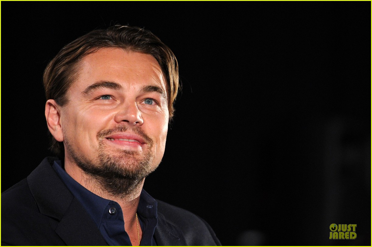 leonardo dicaprio promotes wolf of wall street at variety screening 08