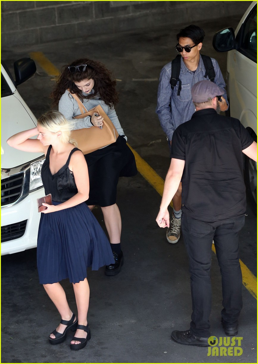 lorde takes boyfriend james lowe along for studio stop 263046977