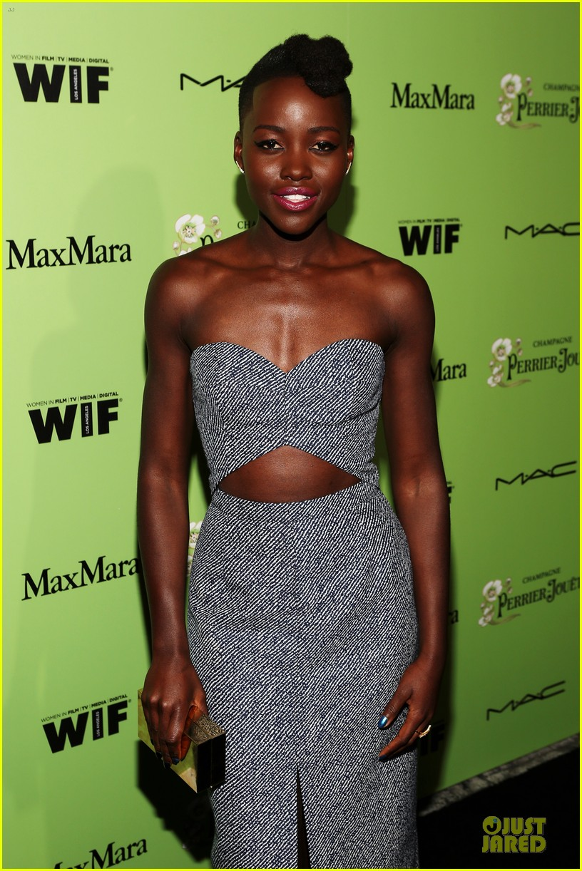 lupita nyongo helen mirren show admiration for each other at woemn in film pre oscar party 11