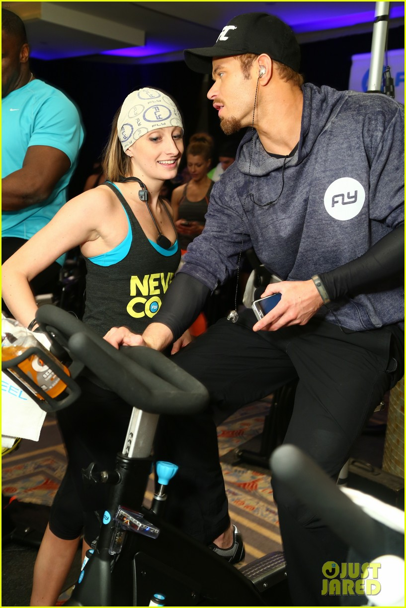 kellan lutz bryan greenberg work up a sweat at nfl house 363046825