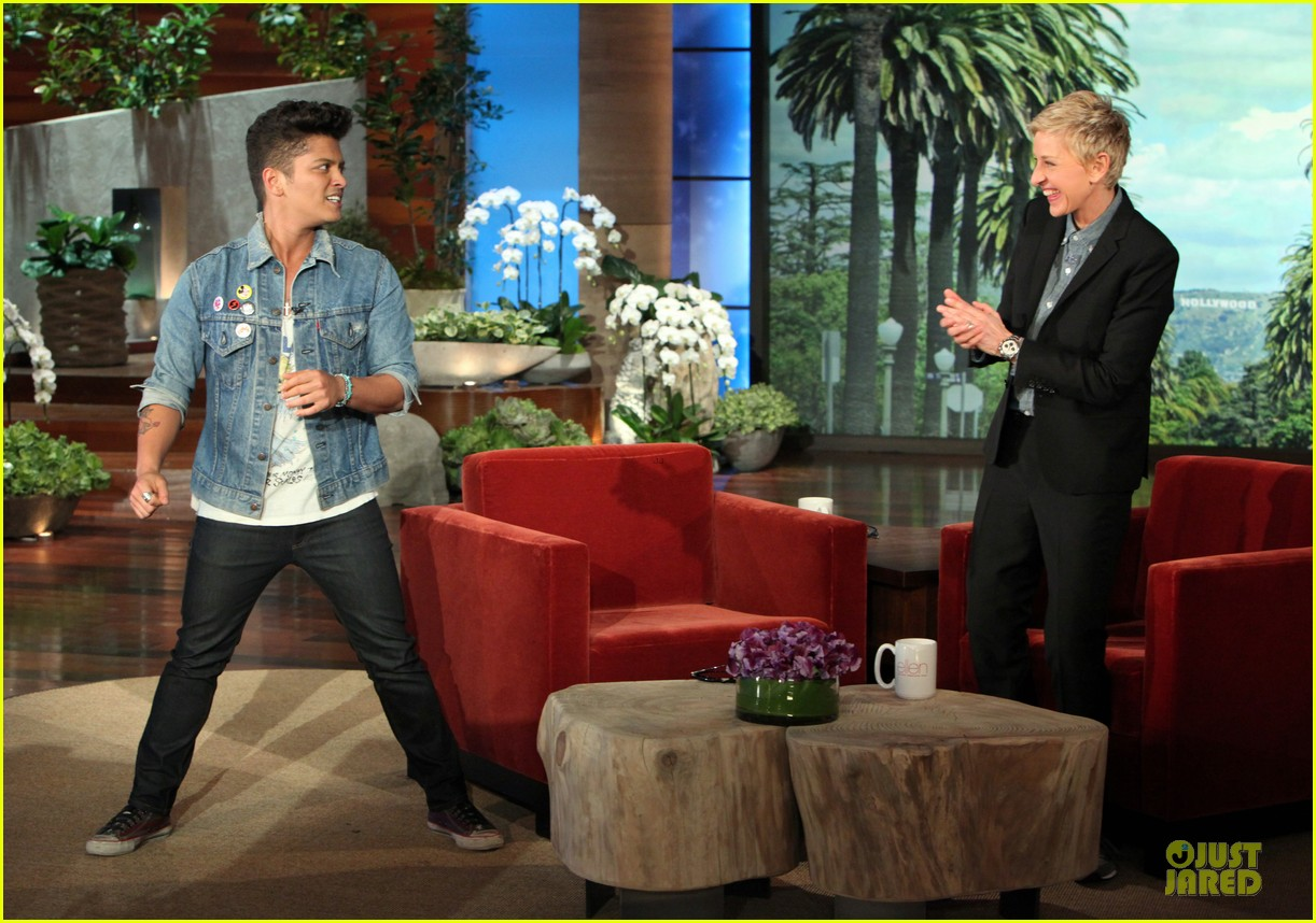 bruno mars talks super bowl performance on ellen 08