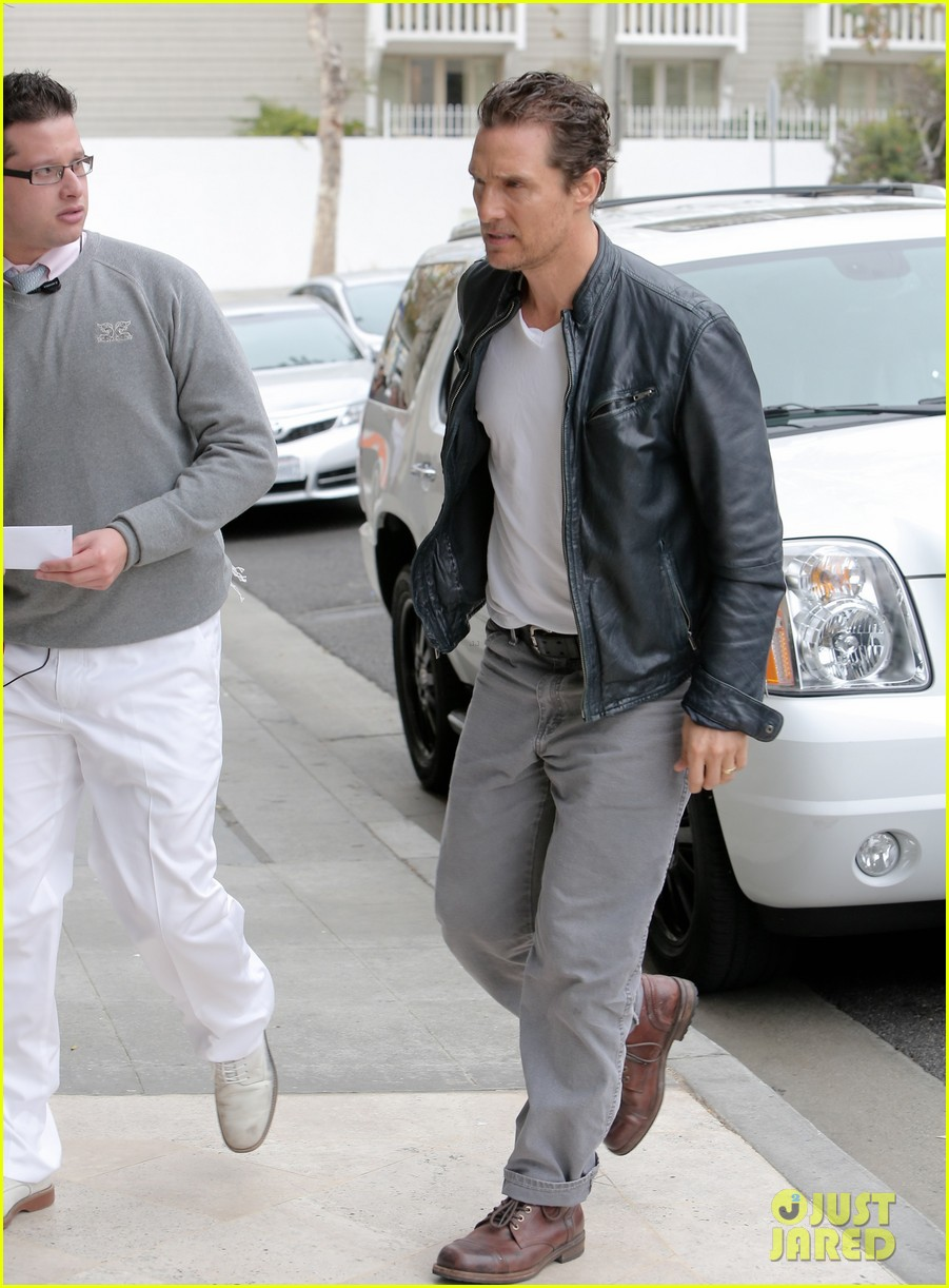 matthew mcconaughey is like a brother to woody harrelson 03