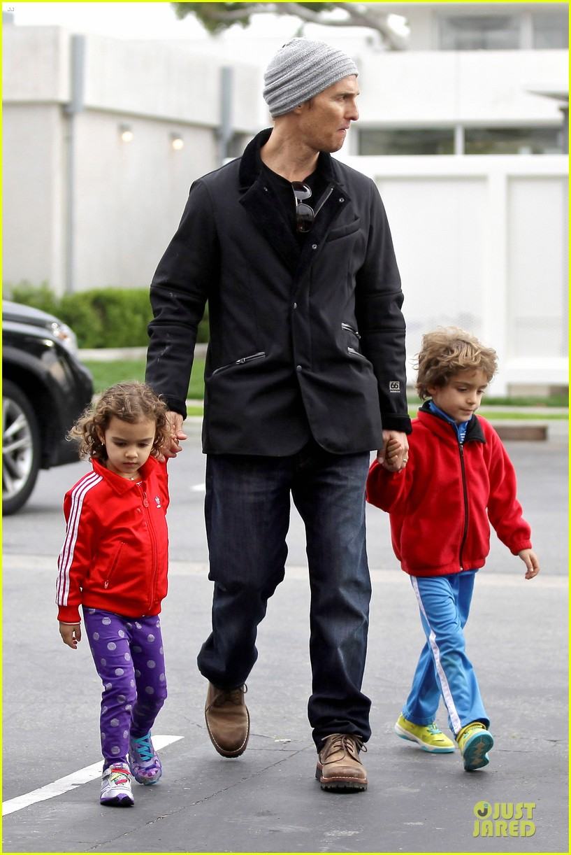 matthew mcconaughey lego movie showing with the kids 263056062