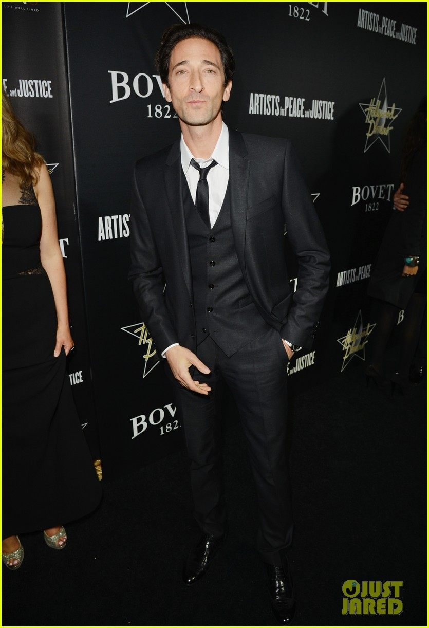 annalynne mccord adrien brody hollywood domino gala 2014 02