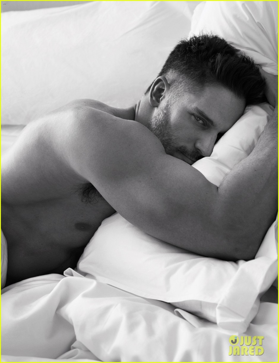 jonathan rhys meyers goes shirtless in bed for w magazine 023050595