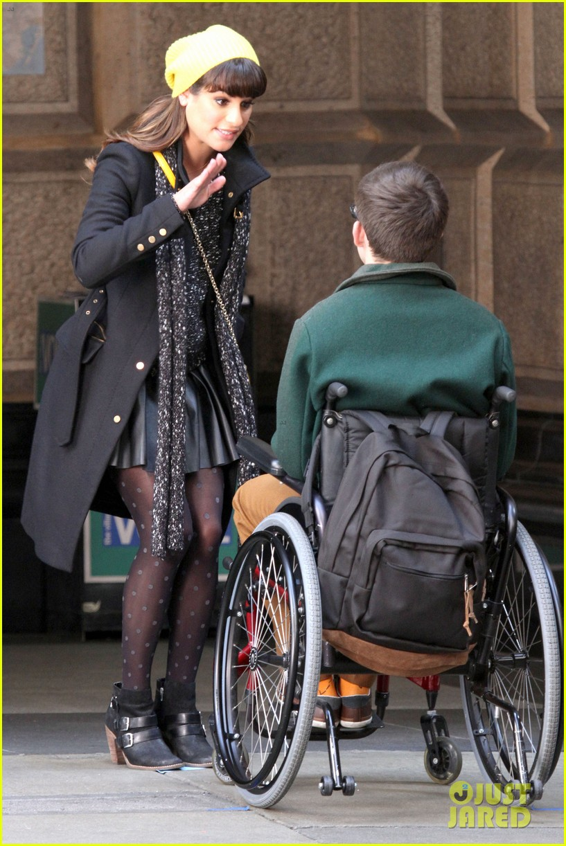 lea michele films glee new york scenes with kevin mchale 11