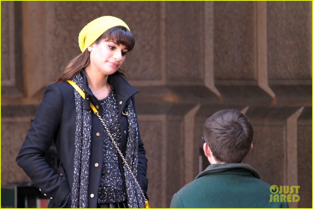 lea michele films glee new york scenes with kevin mchale 16