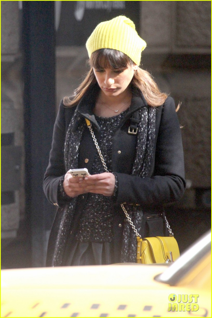 lea michele films glee new york scenes with kevin mchale 28