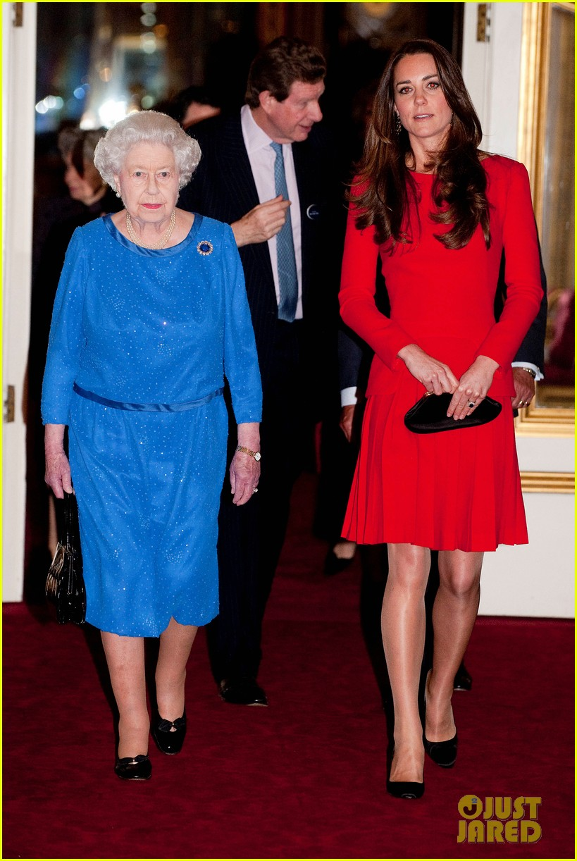 kate middleton recycles alexander mcqueen dress for arts reception 02