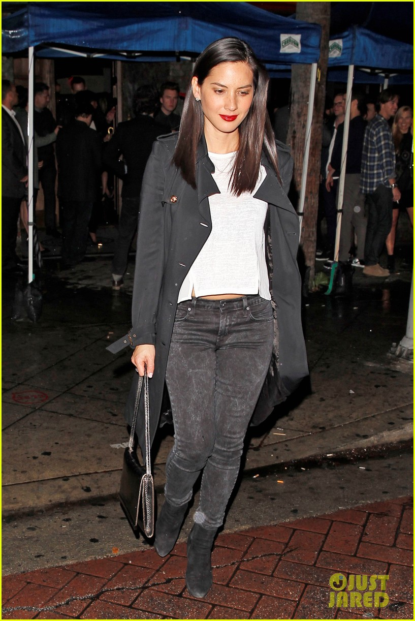 olivia munn hits a party while joel kinnaman films the killing 08
