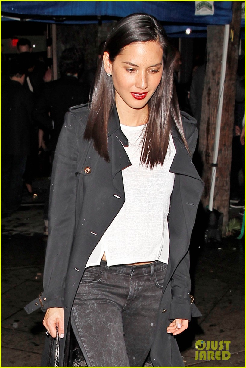 olivia munn hits a party while joel kinnaman films the killing 09