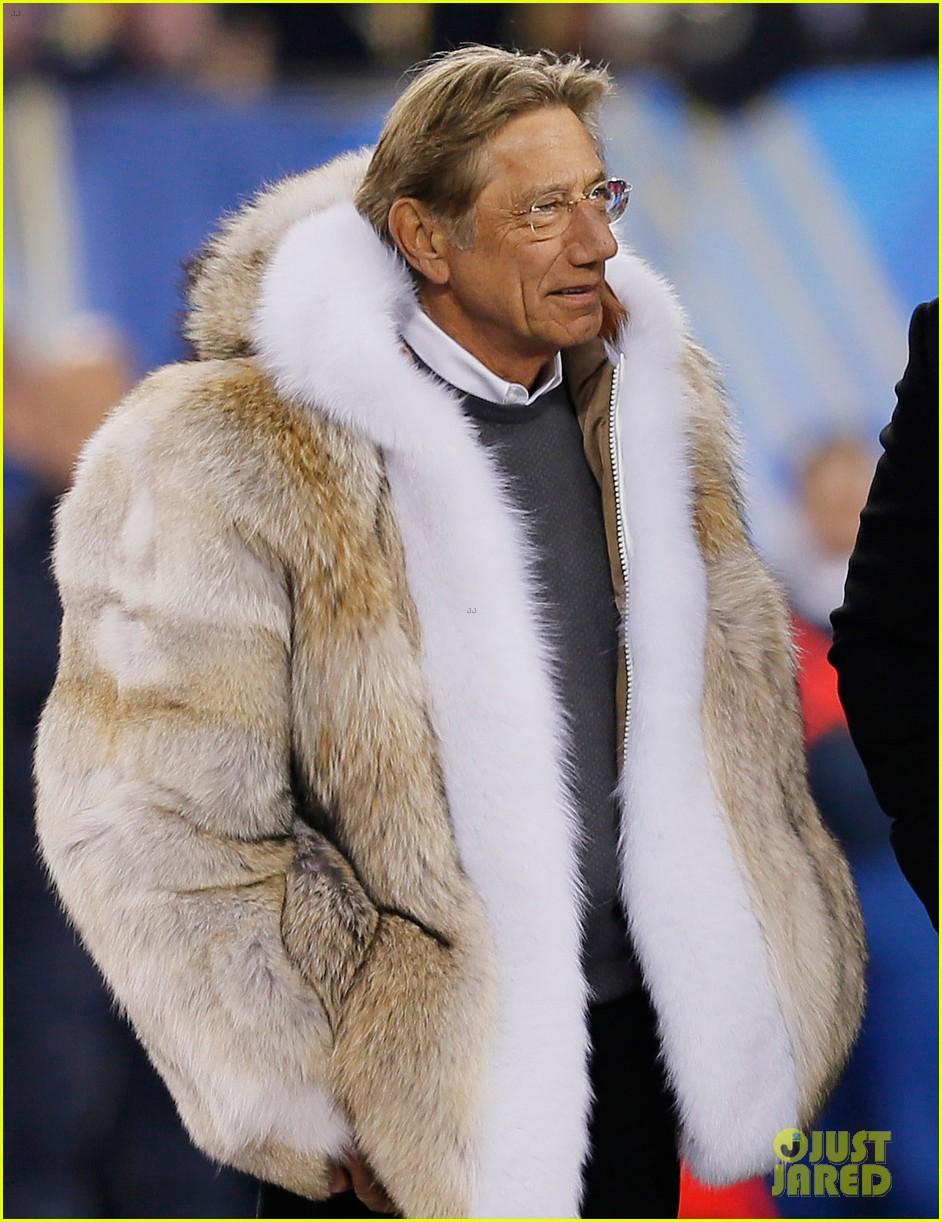 Joe Namath Fur Coat at Super Bowl 2014 (PHOTOS): Photo 3046585 ...