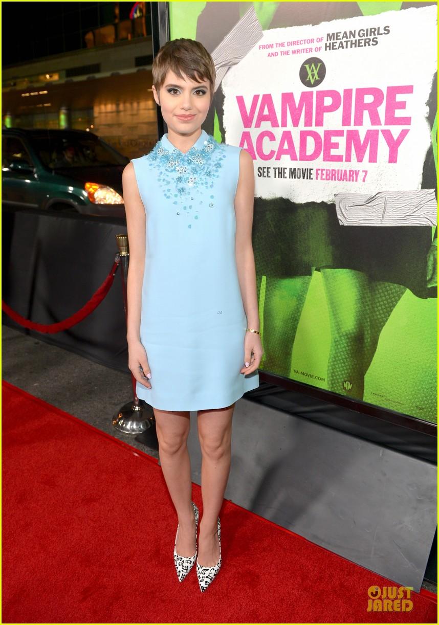 sarah hyland olga kurylenko vampire academy premiere 26
