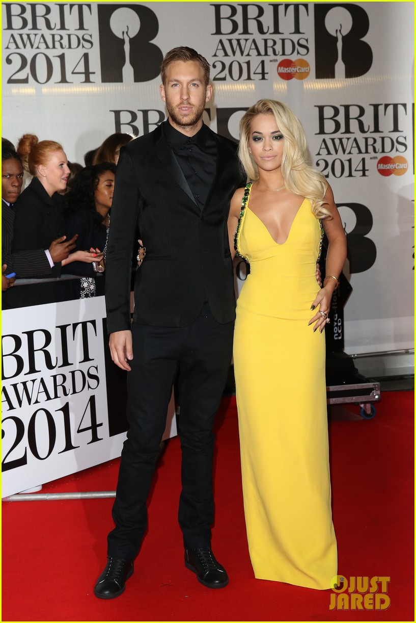 rita ora calvin harris brit awards 2014 rec carpet 013056287