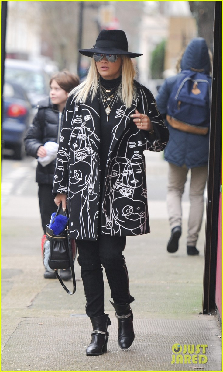 rita ora heads to dubai after quick trip to london 053052830