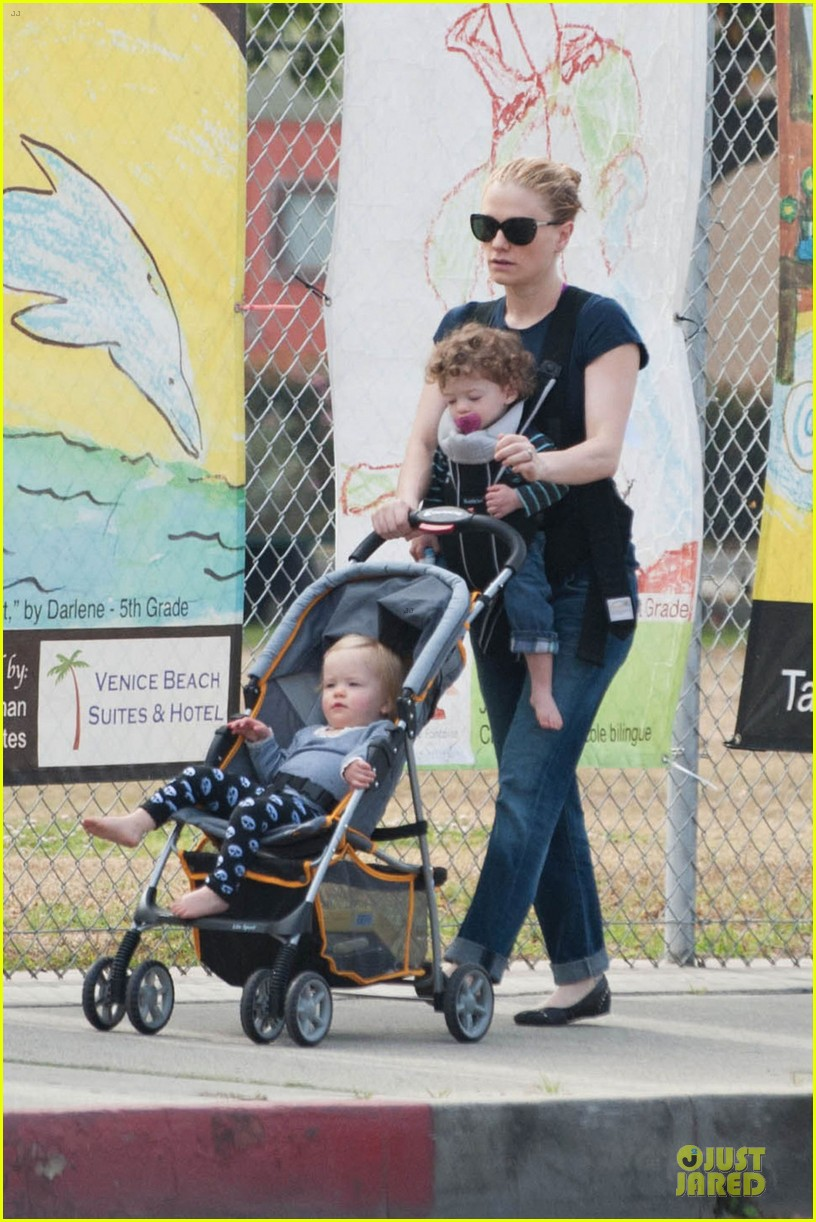 anna paquin casual saturday stroll with the twins 03