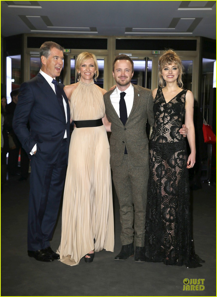 aaron paul imogen poots long way down berlin premiere 01