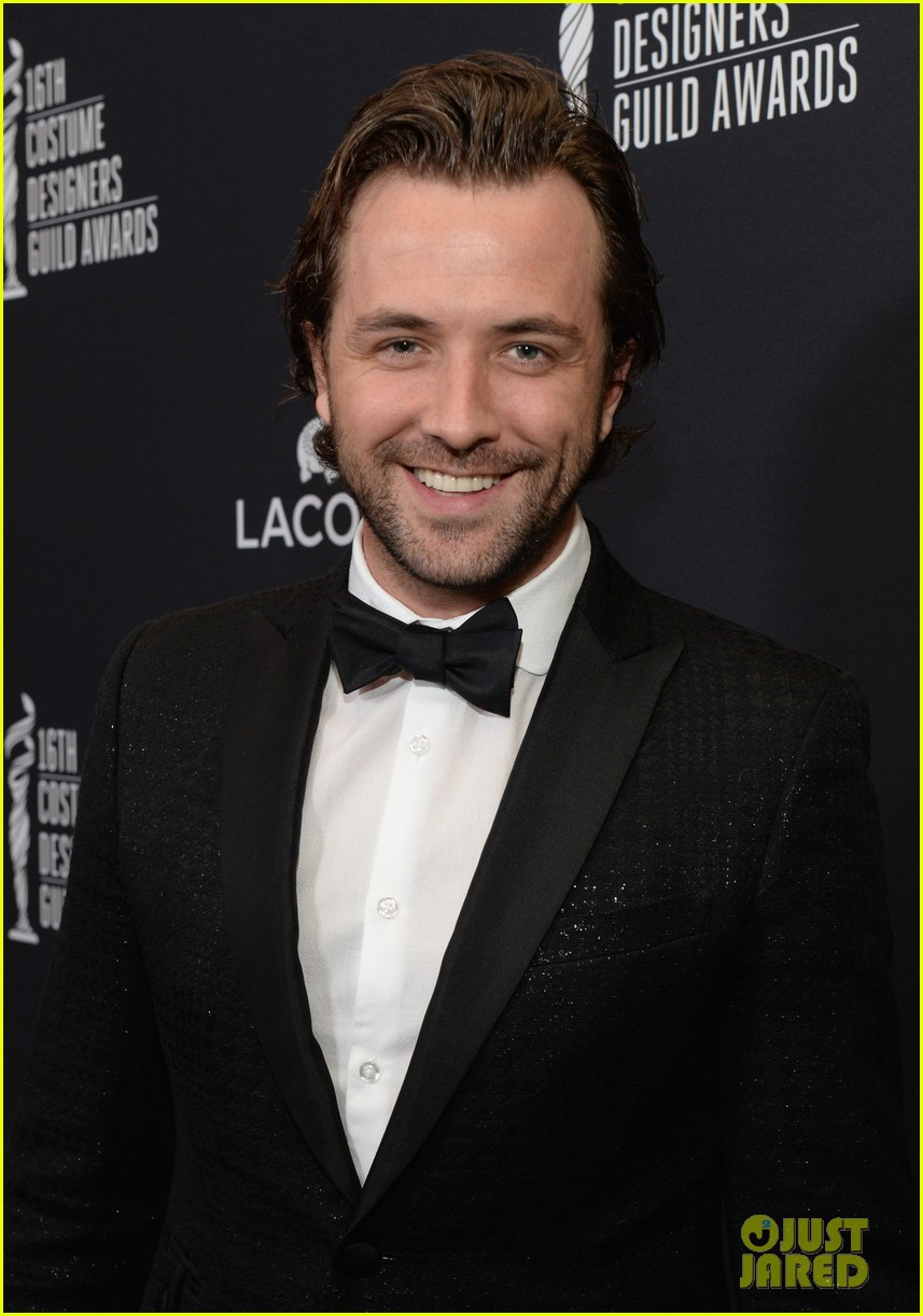 crystal reed boyfriend darren mcmullen red carpet debut 043058841