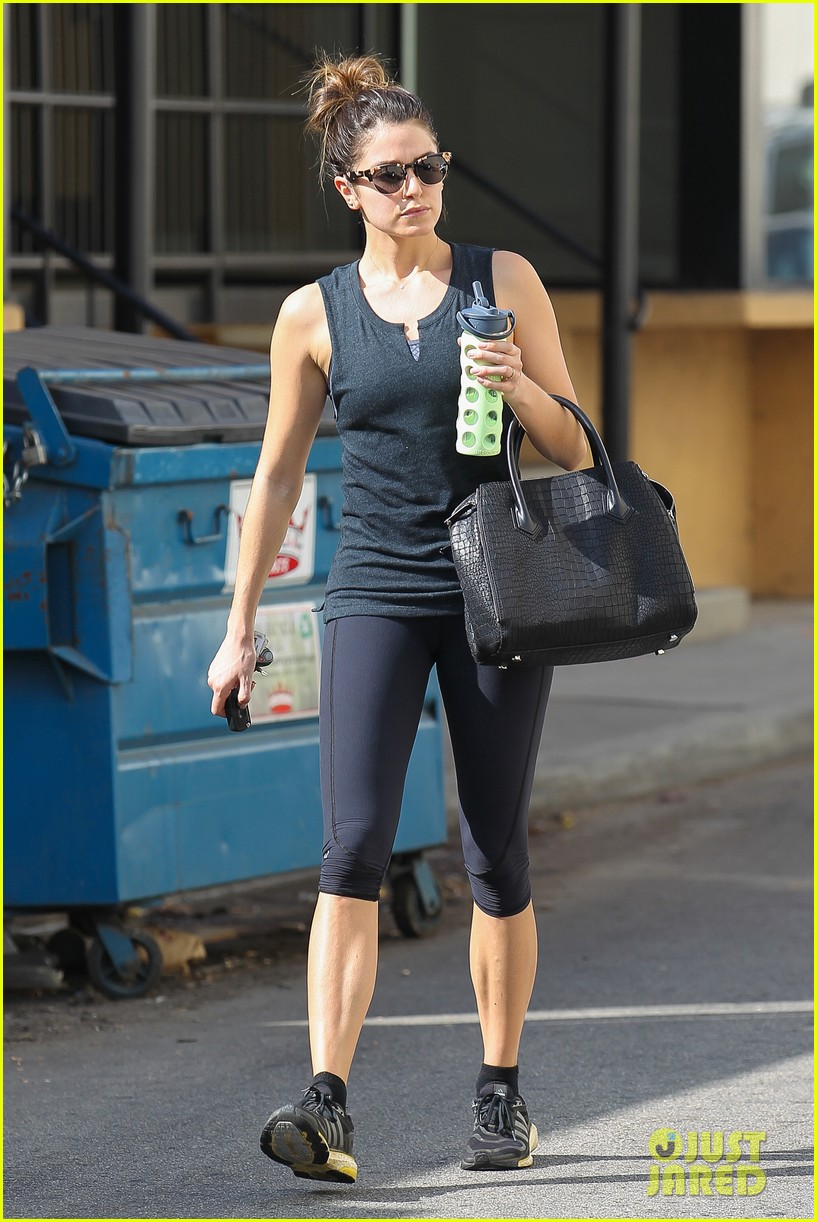 nikki reed keeps in shape with daily workout 07