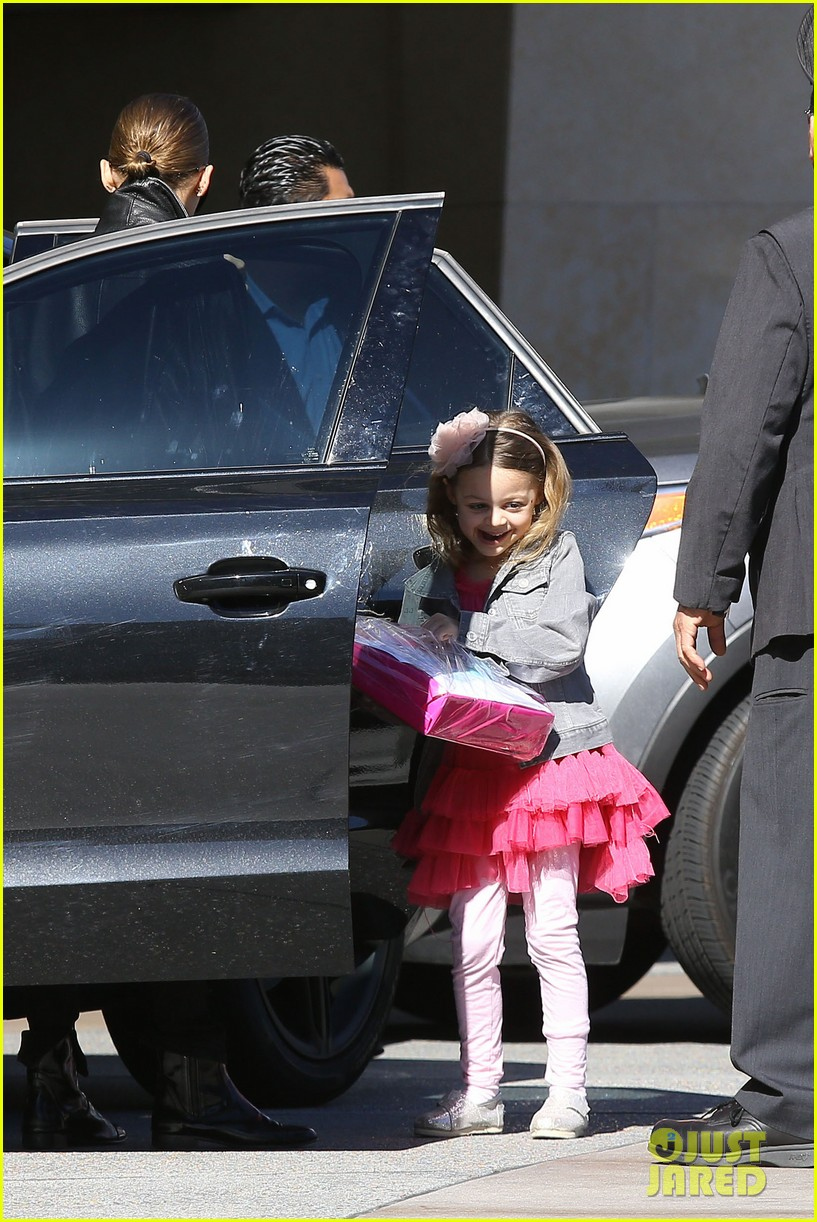 nicole richie birthday party fun with cutie pie harlow 123046771