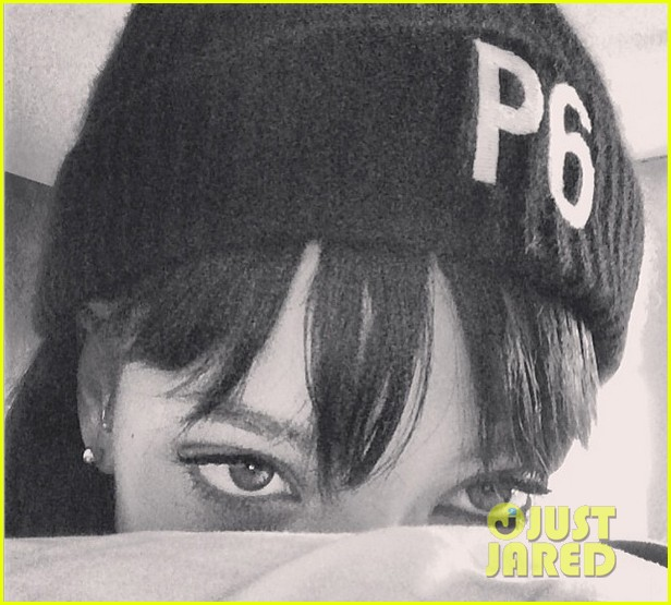 rihanna supports p6 campaign against russias anti gay laws 023054987
