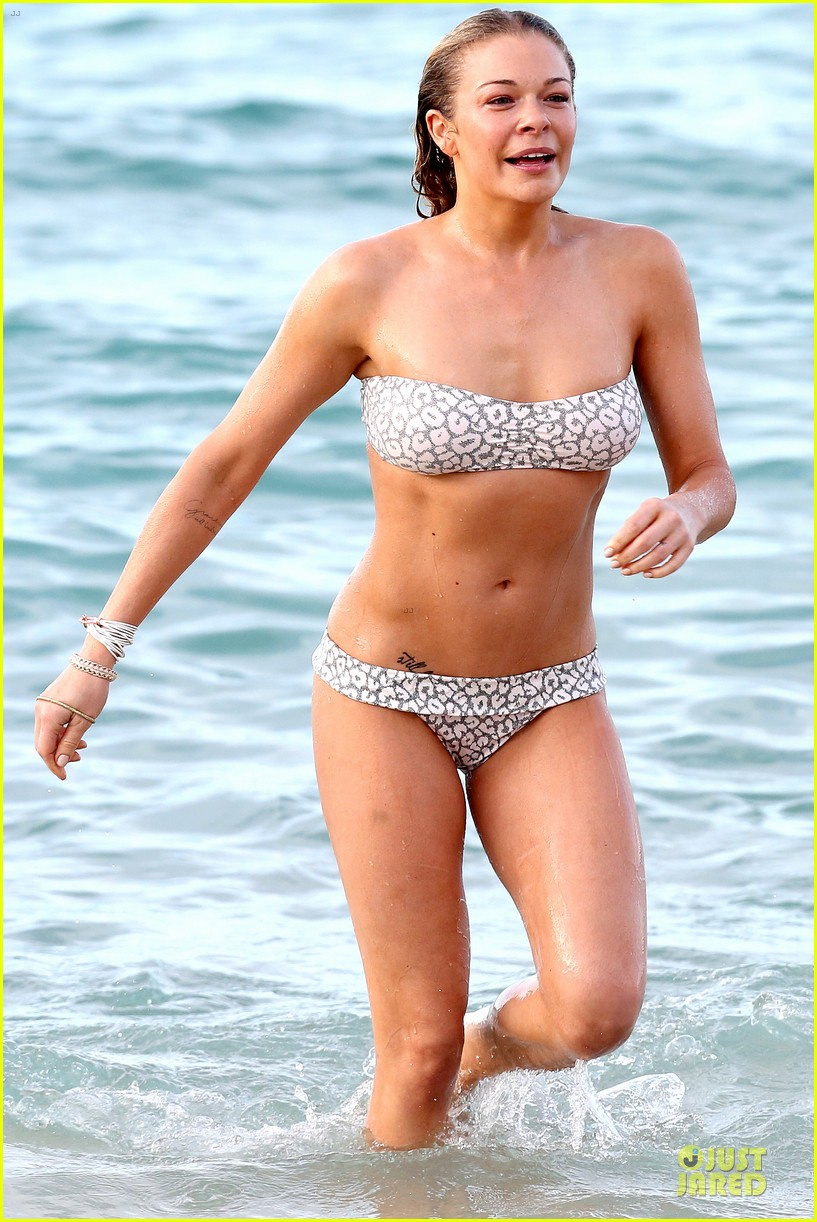 leann rimes rocks white bikini on super bowl sunday 363046654