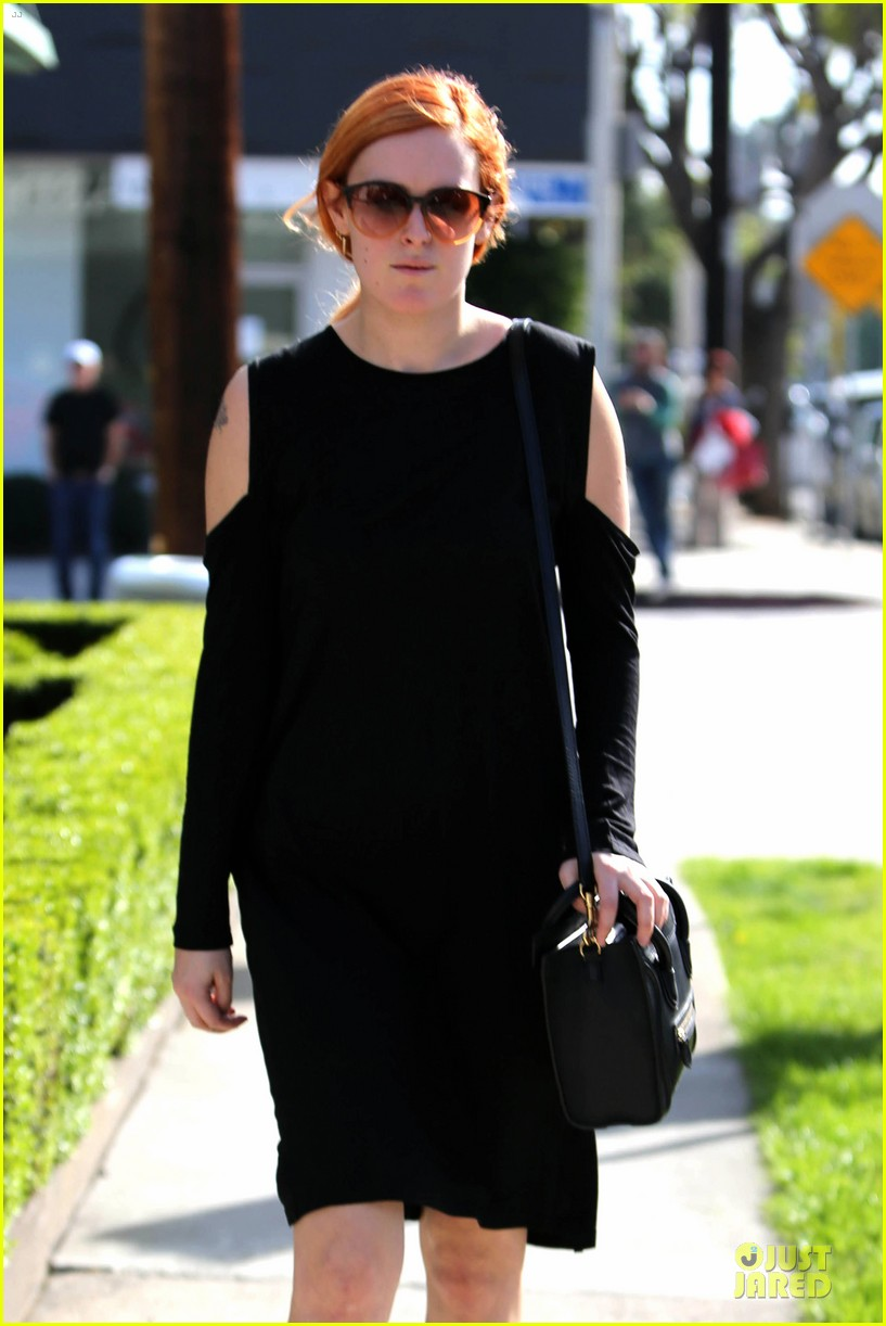 rumer willis rocks lighter hair at andy lecompte salon 043053515
