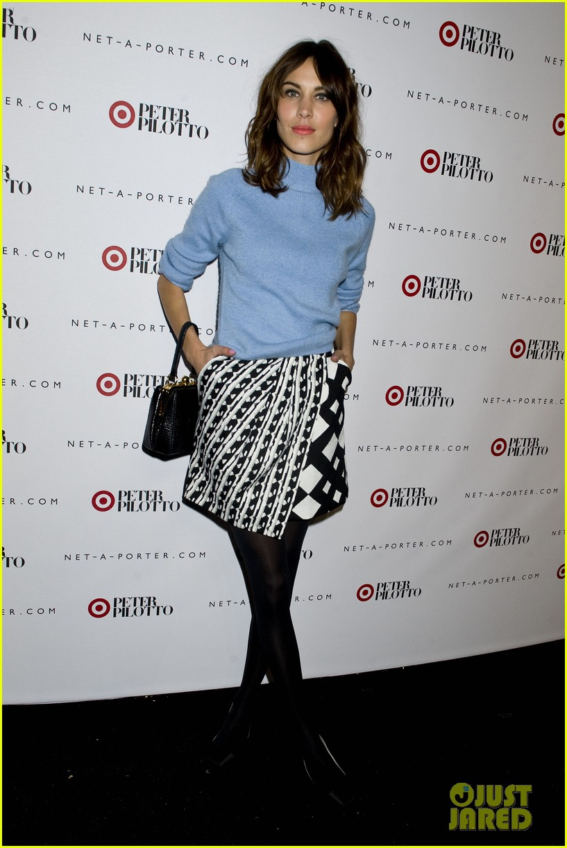 taylor schilling alexa chung peter pilotto for target event 083048839