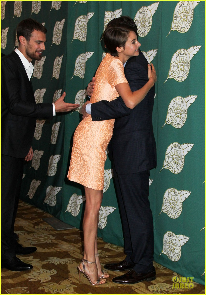 shailene woodley hot divergent pair at icg publicists awards 073062568