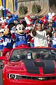 super bowl mvp malcolm smith visits disney world after big win 32
