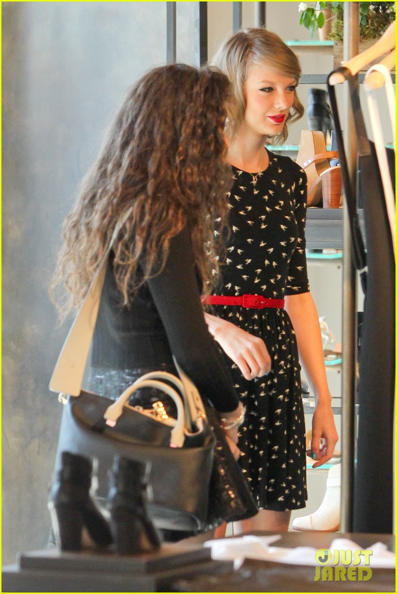 taylor swift lorde hang out spend weekend together 083059359
