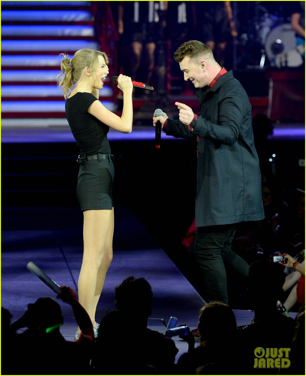 taylor swift sam smith sing money on my mind in london 02