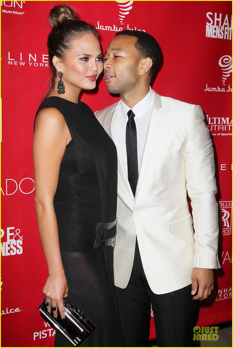 chrissy teigen john legend super bowl 2014 kick off party 023045247