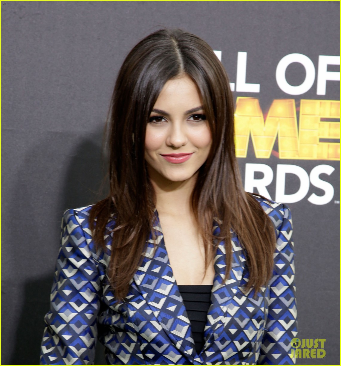 bella thorne victoria justice hall of game awards 2014 18
