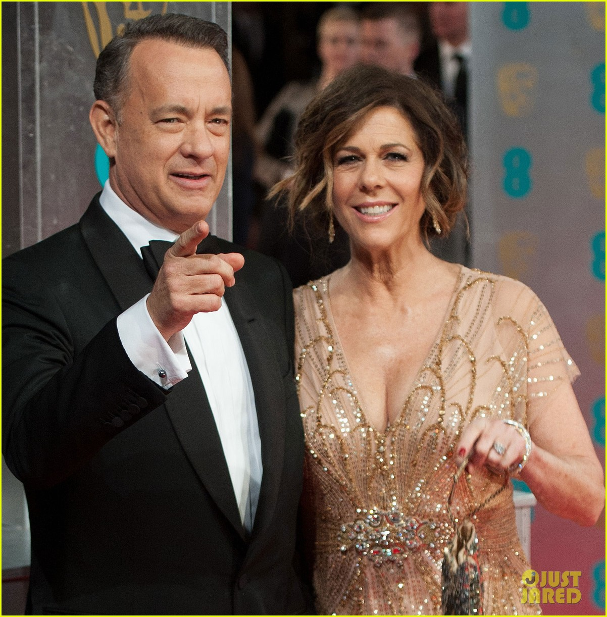 tom hanks rita wilson baftas 2014 red carpet 053054534