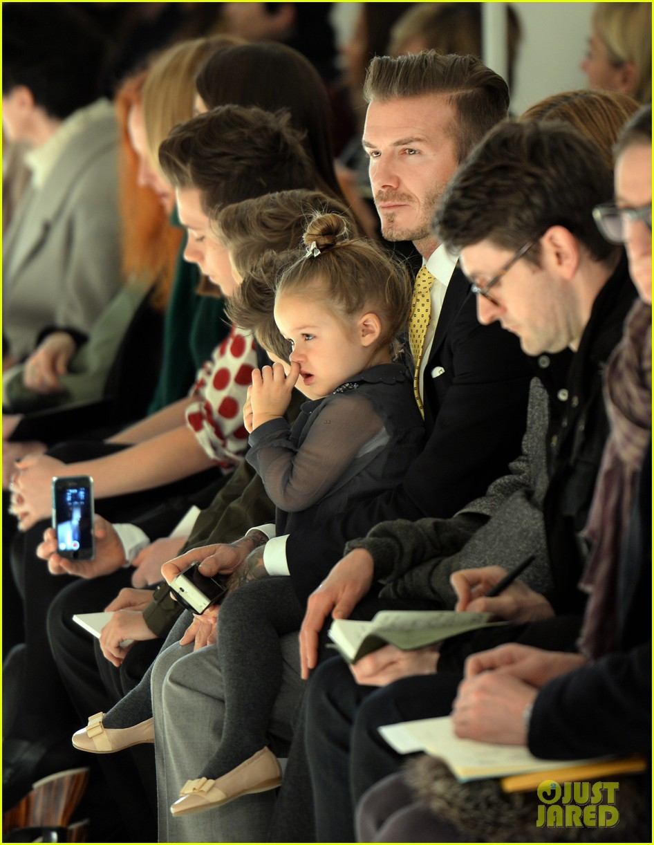 victoria beckham david kids front row fashion show 03