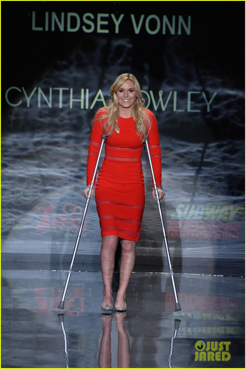 lindsey vonn skips olympics walks runway on clutches 07