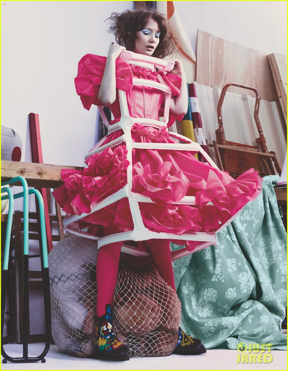 mia wasikowska wears teddy bear on dress for another mag 023050676