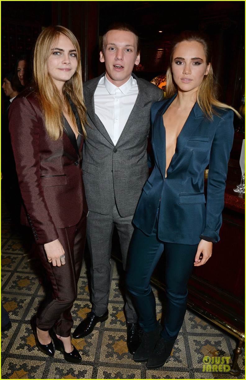 suki waterhouse cara delevingne suit up at bafta nominee dinner 013053772