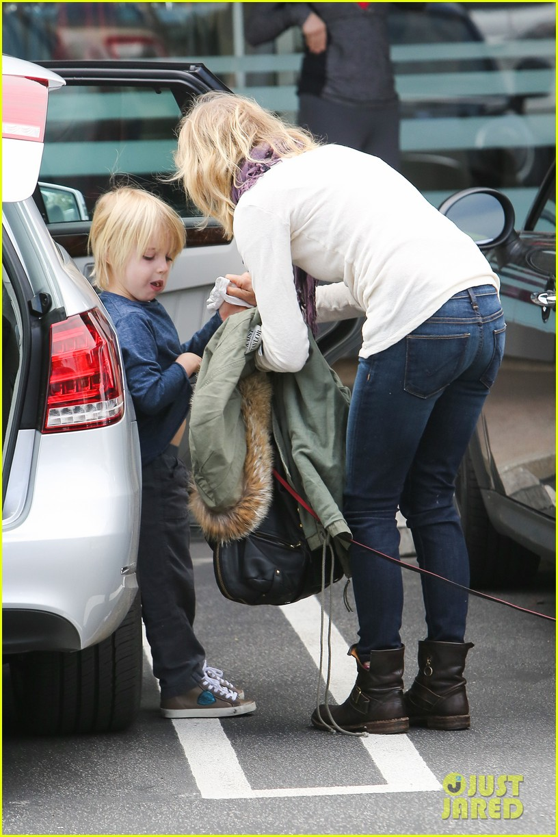 naomi watts liev schrieber hang with their boys 03