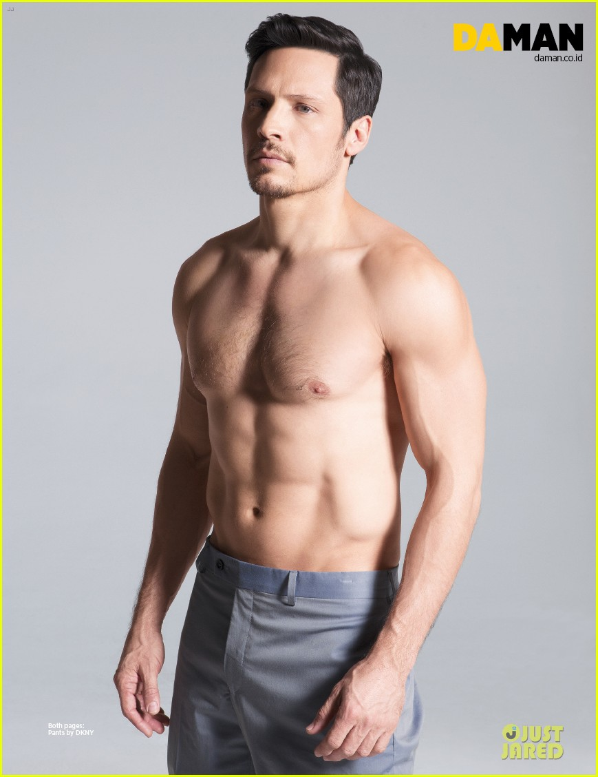 Shirtless Nick Wechsler Flashes Abs For Da Man Magazine Photo 3047308 Magazine Nick