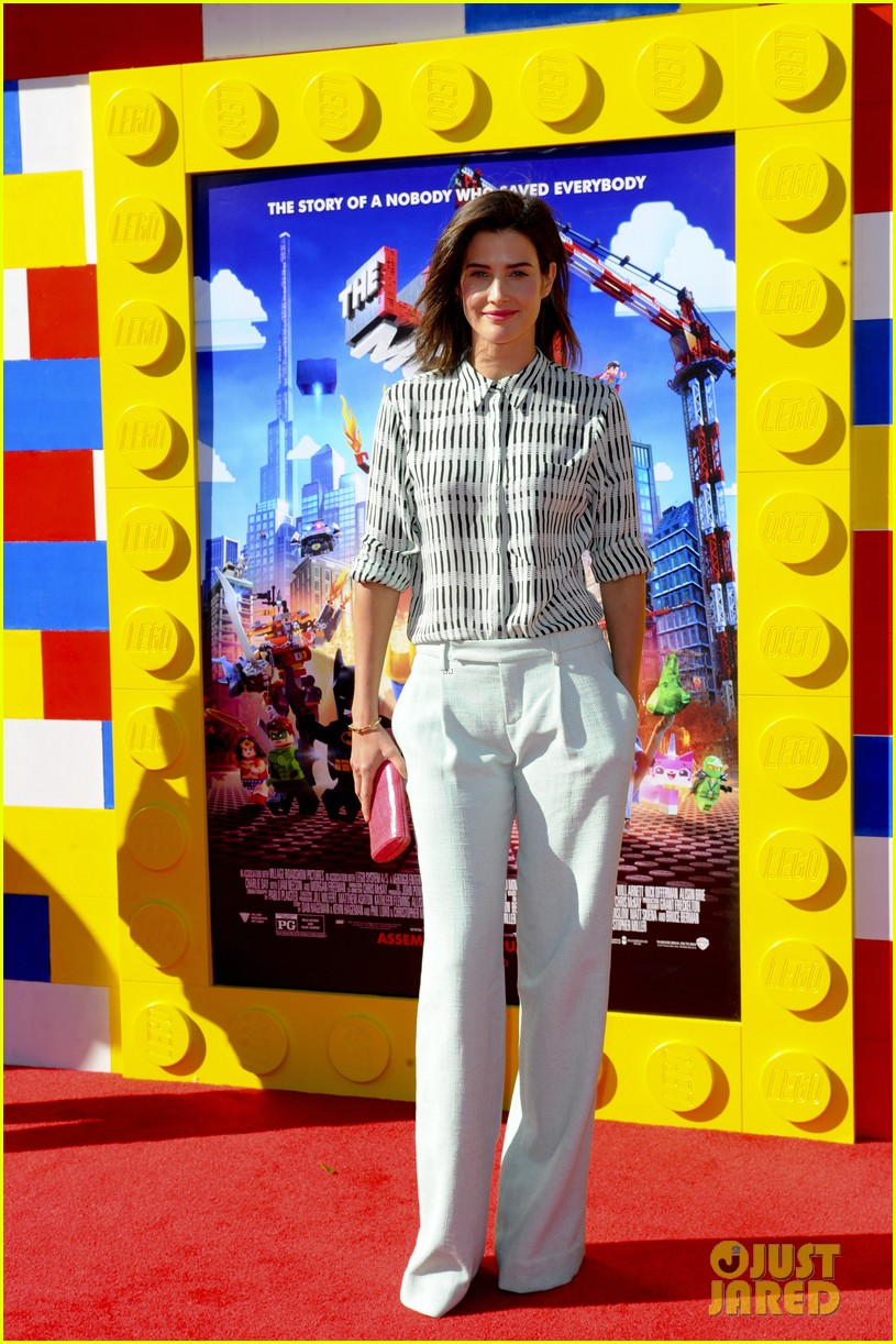 elizabeth banks will ferrell the lego movie premiere 163045741